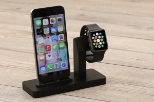 Premium-One-All-in-One-Dock-for-Apple-Watch-iPhone-0-7