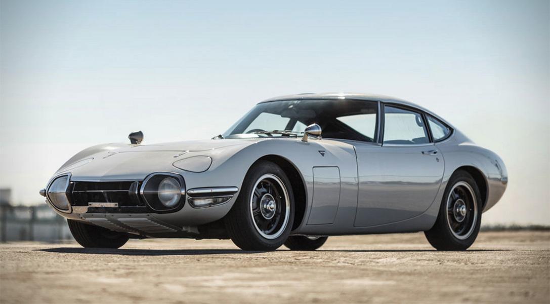 Auction-Block-1967-Toyota-2000GT-0