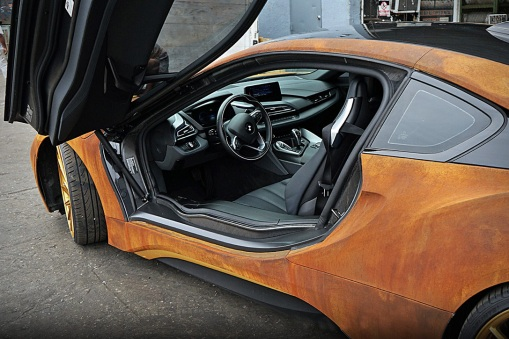 rust-wrapped-bmw-i8-by-metrowrapz-7